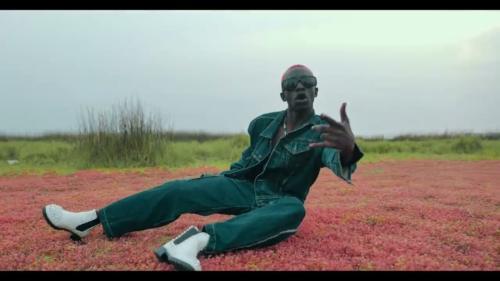 Bosom P Yung – Agye Me Nsa (Official Video)