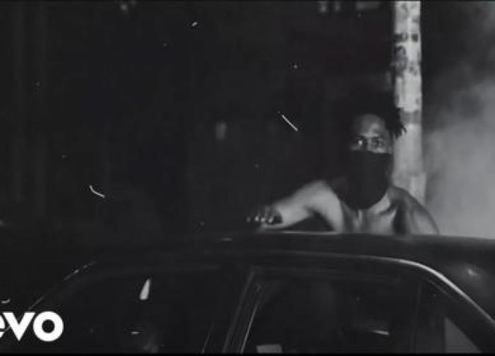 Kwesi Arthur – Winning ft. Vic Mensa (Official Video)