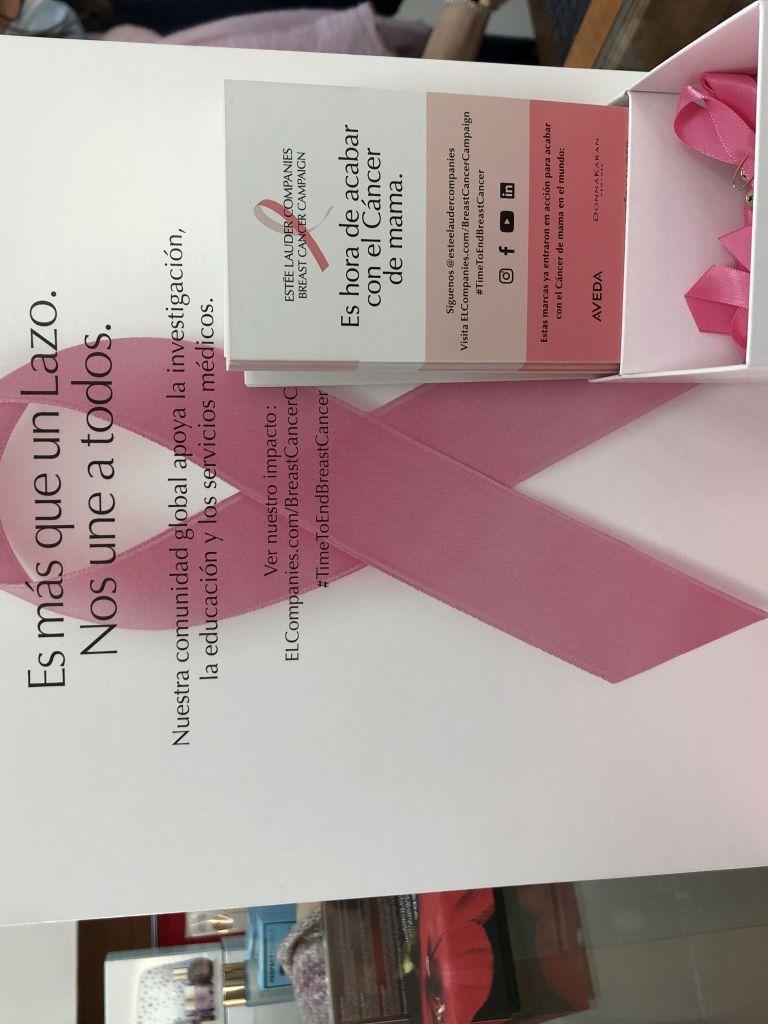 estee_lauder_campaña_contra_cancer_mama