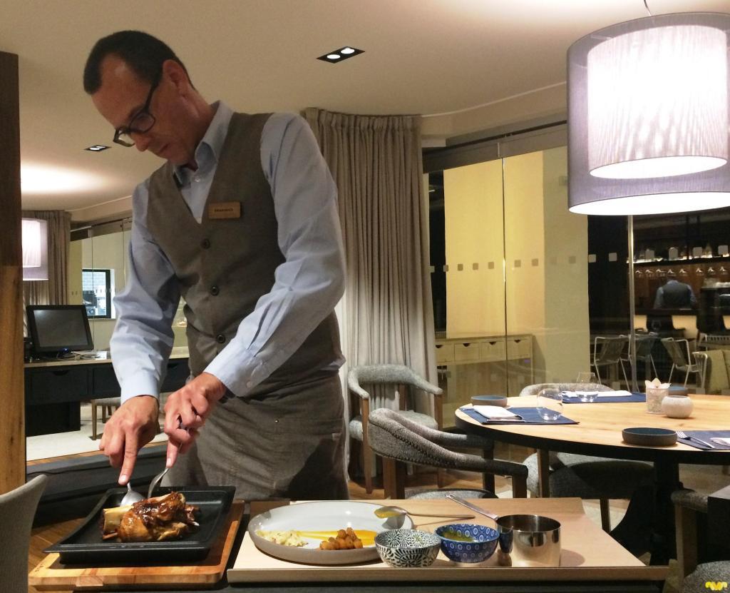 Codillo de cerdo cocinado 45 horas a baja temperatura. Restaurante Melvin By Martín Berasategui. Tenerife