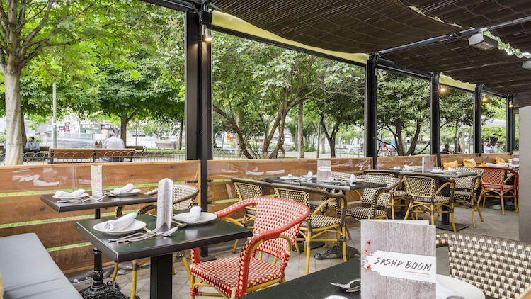 Terraza del restaurante Sasha Boom By Asiana. Madrid