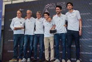 """L'équipage de """"Triumvirat"""" a gagné le """"Challenge AVCL-SRS"""" récompensant le meilleur bateau en temps compensé. Photo: Oreste Di Cristino"""