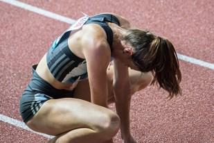 Lea Sprunger exténuée et désabusée en fin de course. © Oreste Di Cristino