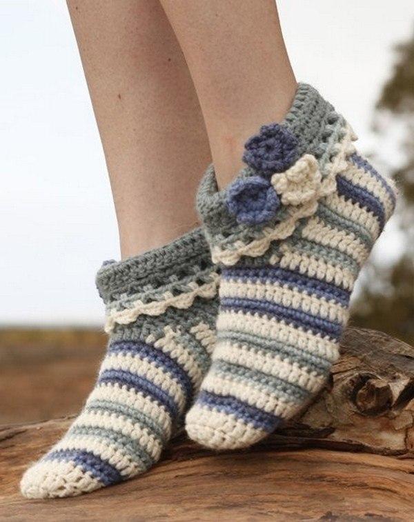 Тапочки-носочки крючком из DROPS