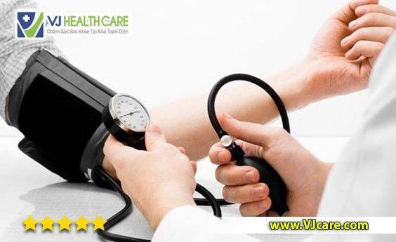 chăm sóc người bệnh cao huyết áp tại nhà