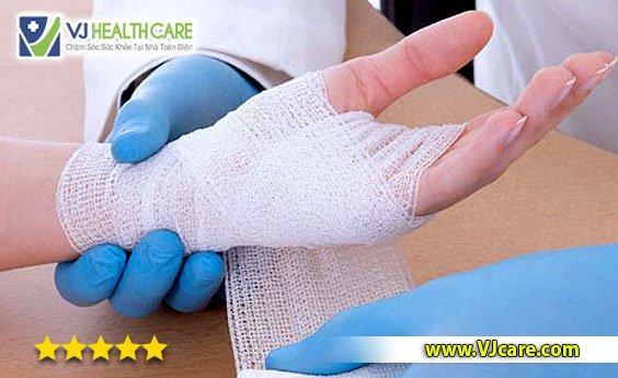 nhận thay băng vết thương tại nhà dịch vụ thay băng vết thương tại nhà tphcm  Nhận thay băng tại nhà TPHCM – Đảm bảo quy trình kỹ thuật điều dưỡng nh   n thay b  ng v   t th    ng t   i nh   d   ch v    thay b  ng v   t th    ng t   i nh   tphcm