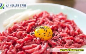 Ăn thịt bò sống, thịt bò tái có an toàn không ?  Chăm sóc sức khỏe tại nhà VJcare – Home Health Care service ❤ mon thit bo song tai co an toan khong
