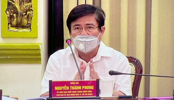 tphcm xu phat nguoi khong deo khau trang noi cong cong covid-19 ong nguyen thanh phong