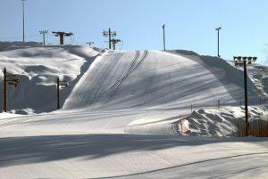 Гірські лижі в Японії