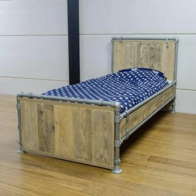 Bed steigerbuis
