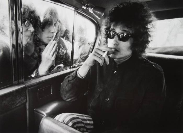 bob-dylan-barry-feinstein-portsmouth-guildhall-1024x746