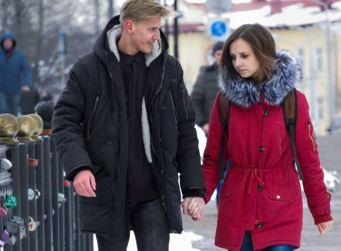 влюбленные на Пушкинском мосту