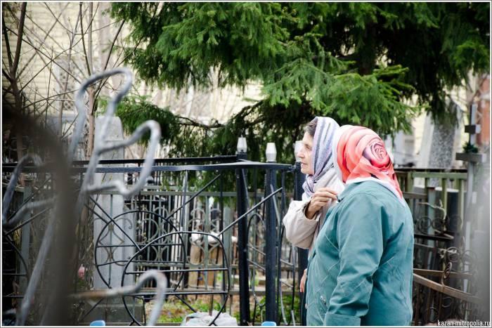 В этот день принято ходить на кладбище и молиться о душах умерших. Фото tat-e.ru