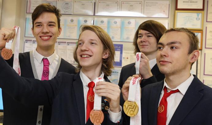 Витебские школьники завоевали 7 медалей на олимпиаде в Алматы