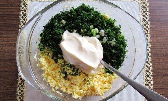 سس مایونز، تخم مرغ و سبزیجات