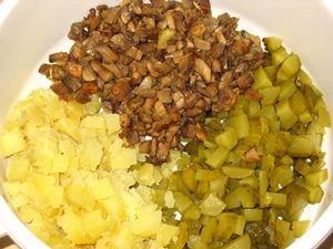 ингредиенты для салата с шампиньонами