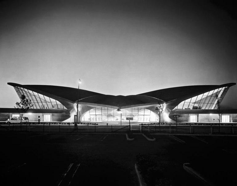 TWA Terminal JFK Airport3 completed in 1963