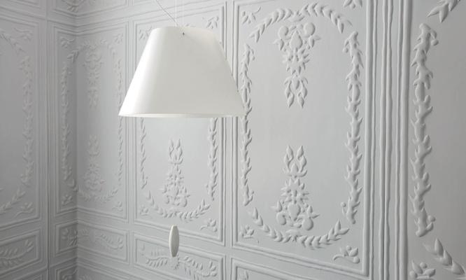 Elitis Chance wallpaper, faux panelling