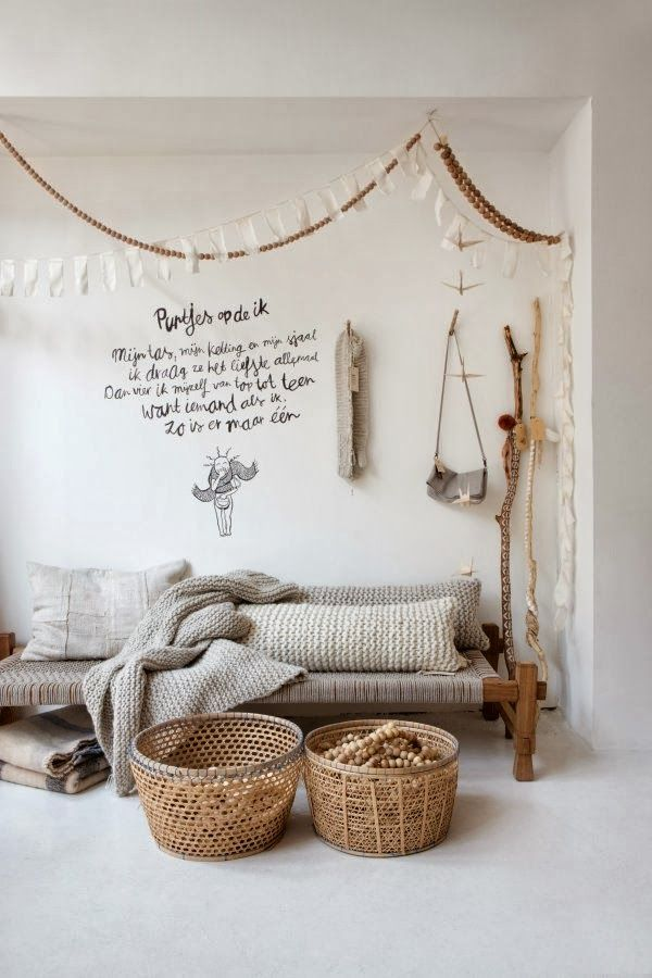 Wicker baskets and other naturals