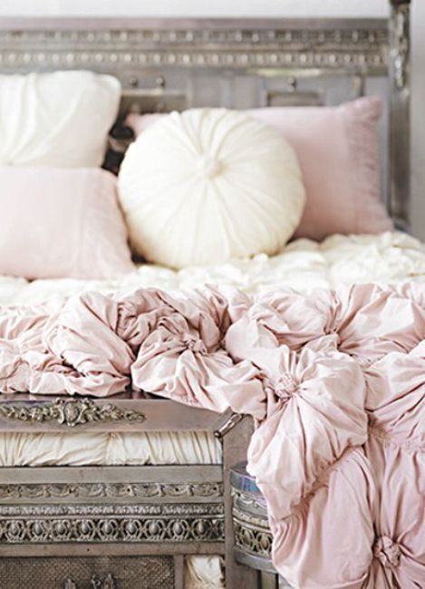 Pink bedsheets, so romantic! via Zsazsa Bellagio