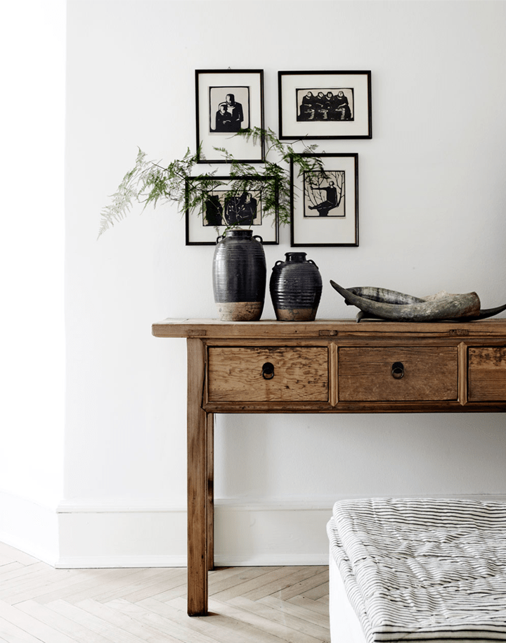 Black & White interiors, old wood and delicate greens - via 79 Ideas