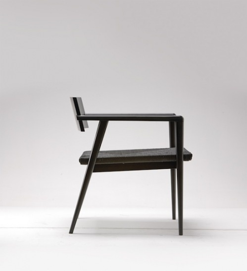 The Dormitio chair, minimalist perfection designed in 1950 by Ponti - via Ecclectic Living Home