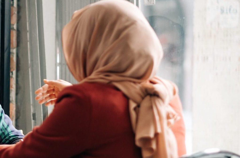 Le foulard islamique est autorisé dans les établissements supérieurs en Wallonie et à Bruxelles