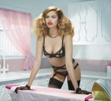 800x730xagent-provocateur-spring-2014-campaign6.jpg.pagespeed.ic.xyScmeqQSR