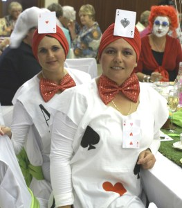 No 5. Sandy Delport en Juliette Tomatos as Tweedledum en Tweedledee_1_1
