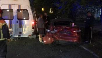 Авария в центре Саратова