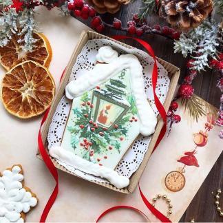 Новогодний имбирно-медовый пряник ручной работы в коробке «Фонарь»