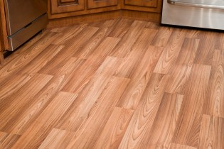 vinyl flooring in mobile home