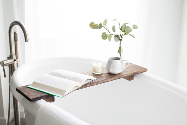 Relaxing_Bathtub-1
