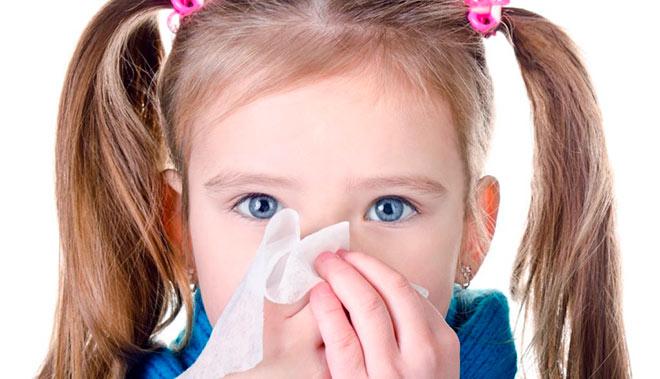 Затяжной насморк у ребенка, может быть следствием другого заболевания в организме