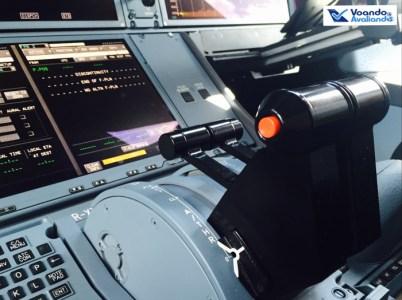 Cockpit A350 1