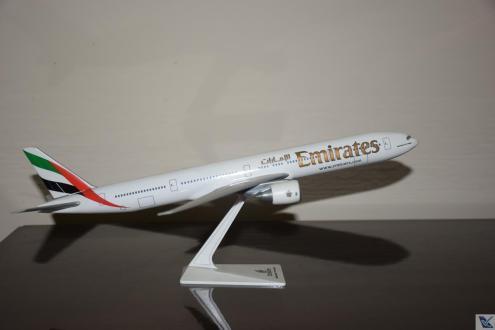 _Emirates - B777-300ER (2)
