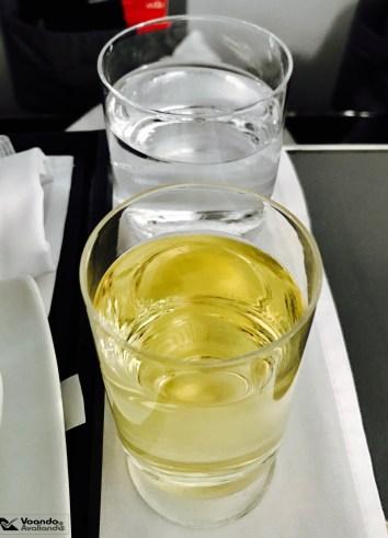 Café da Manhã - Avianca - GRU/JFK - Agua e Vinho