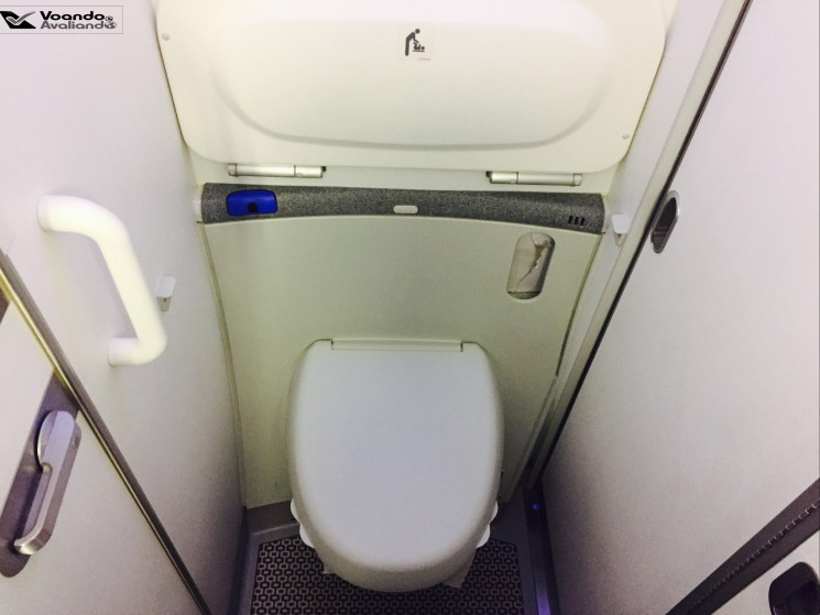 Banheiro - 787 - LATAM - Vaso