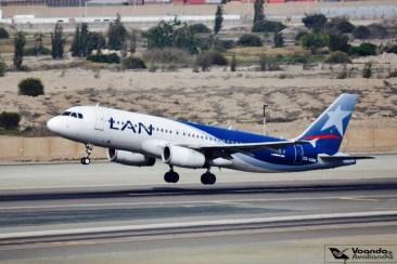 A320 - LAN (old livery) decolando