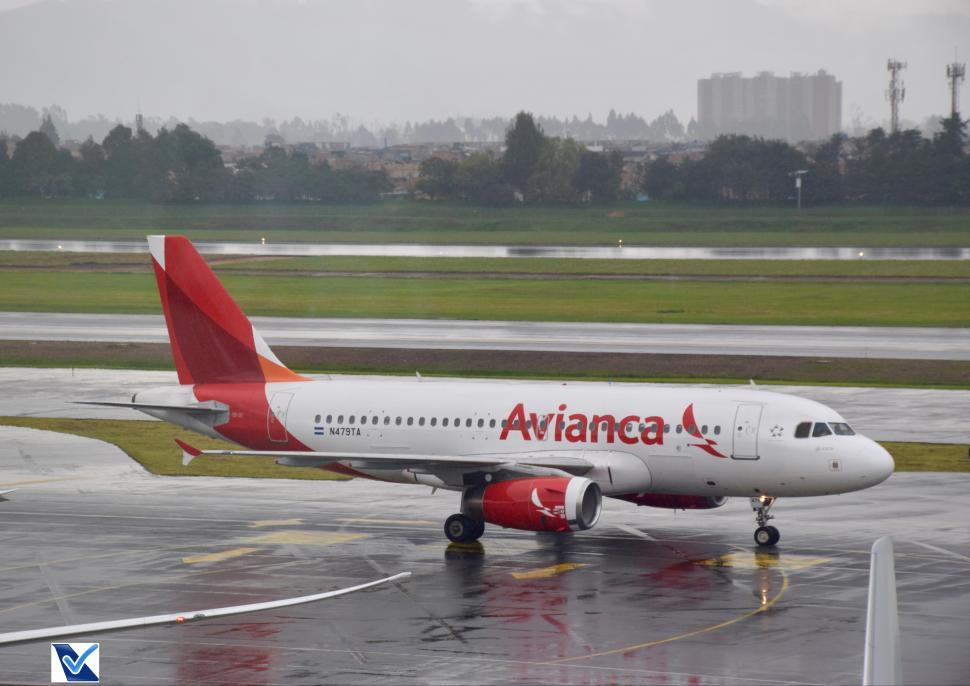 Bogotá - Avianca - Airbus A319 (6)