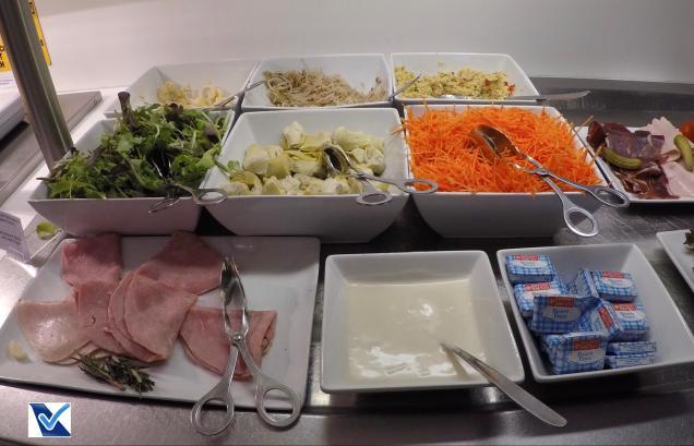 Sala VIP - Star CDG - Buffet Salada