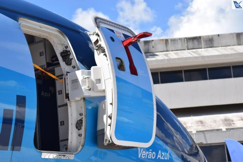 Porta E-195 Verão Azul