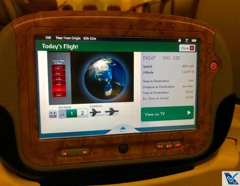 Controle IFE - B777 Emirates Business