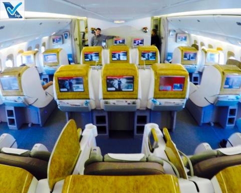 Inside B777 Emirates Business 1
