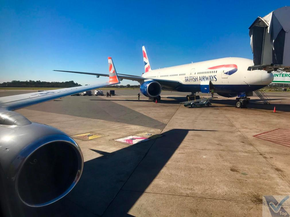 EZE - Parking - B777 British