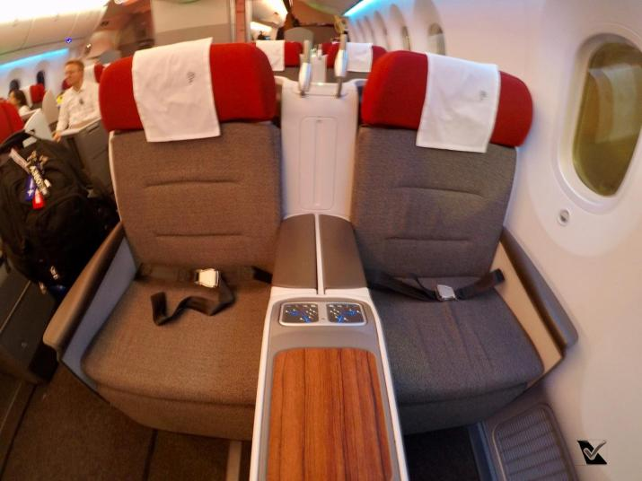 Inside - B787 - Business - LATAM - SCL AKL 2