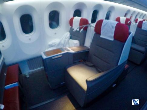 Inside - B787 - Business - LATAM - SCL AKL 7