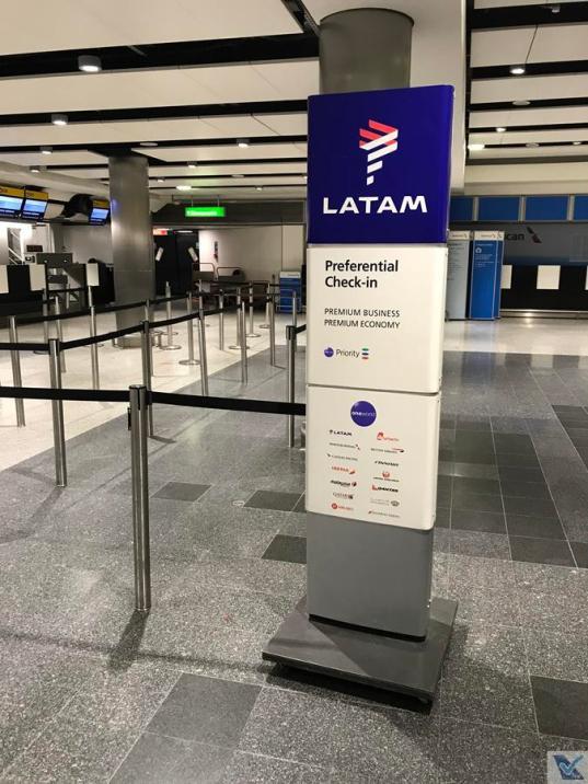 Check-in - LATAM - LHR 2