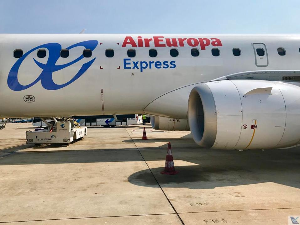E-jet - Air Europa - Embarque Lisboa 9