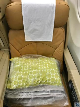Inside Cabin - A330 - TAP - Business (2)